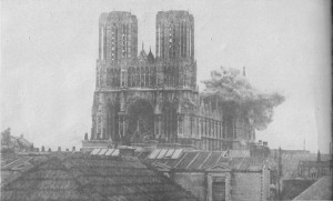 Reims cathedral bombed during WWI (Wikimedia)