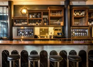 Bar at La Compagnie des Vins Surnaturels