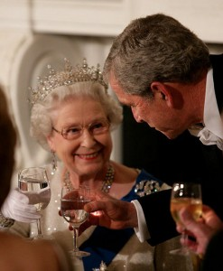 Queen Elizabeth II toasts George W. Bush. (Wikimedia)